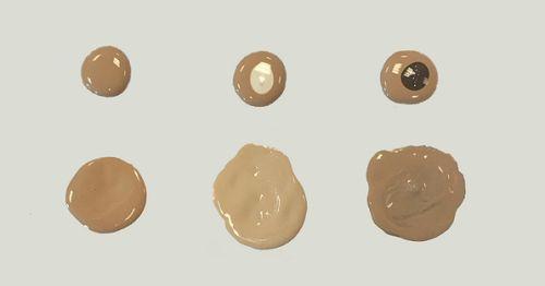 The Body Shop: Shade Adjusting Drops. Sul sito ufficiale trovi sia la boccetta bianca (schiarente) che quella marrone scuro (per scurire). Contengono 30 ml di prodotto ed hanno un costo di 16 euro caduno. Make up For Ever:  Chromatic Mix – Water Base. In questo caso i colori a disposizione non sono solo chiaro e scuro, ma anche giallo, blu, rosso e nero, utili per cambiare il sottotono del fondotinta o per creare effetti speciali, sul sito americano di Sephora al prezzo di 14$ caduno per 13…