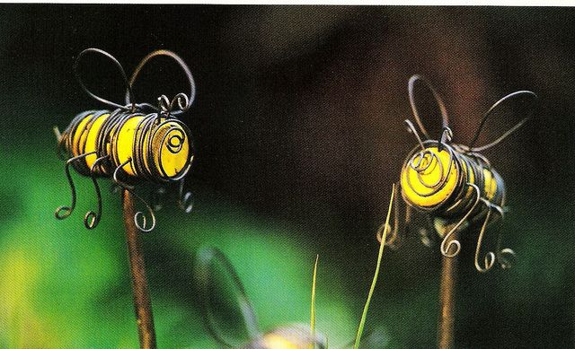 Cork bees: