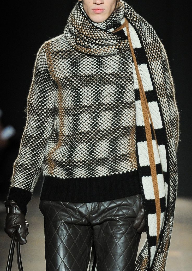 daks, black and white sweater with scarf