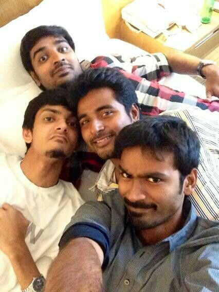 Dhanush with his friends