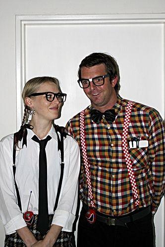 couples' halloween nerd costumes