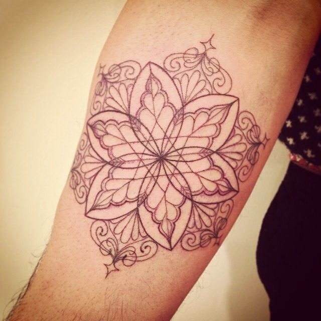 399 best delicate tattoo images on pinterest tatoos for Delicate female tattoos