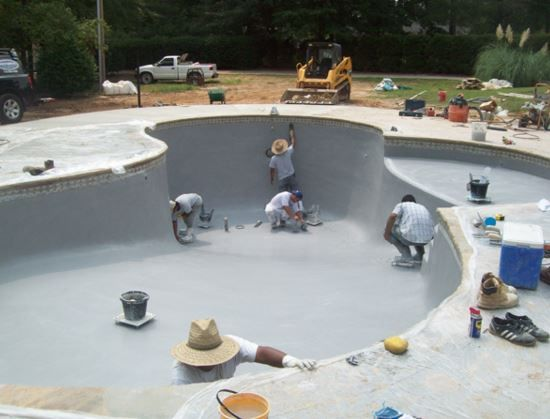 Resurfacing your swimming pool with Contemporary Pools Contemporary ...