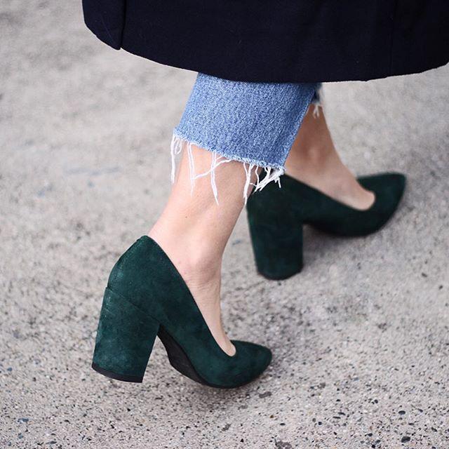 Green shoes, Fashion shoes, Heels