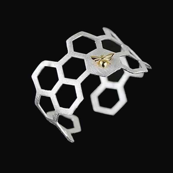 Honeycomb Silver Ring @ Fig & Wattle #jewellery #jewelry #creatures #bee #honeybee #lovebird #butterfly #owl #hoot #bird #parrot #cobra #cat #dragonfly #silver #handmade #sterlingsilver #figandwattle