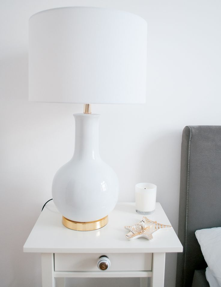 Darling bedside table lamp