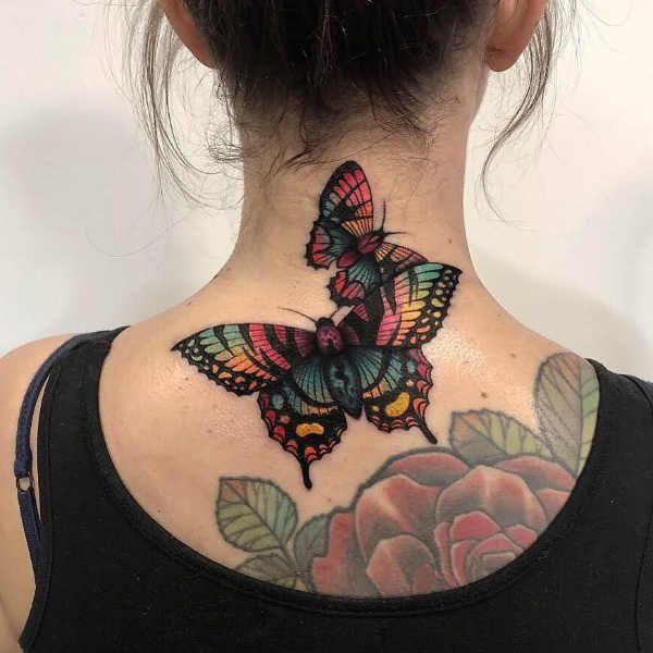 Tatuaze Na Szyi Znaczenie Symbolika 100 Zdjec Butterfly Tattoos For Women Neck Tattoos Women Butterfly Neck Tattoo