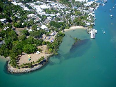 Rex Smeal Park and the Sugar Wharf Helipcopter Rides Port Douglas - worldtravelfamily.com