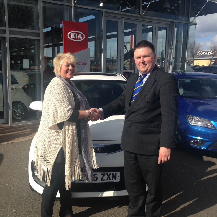 Helen Mason got off to a sunny start as she picked up her new #15Plate Kia Picanto.