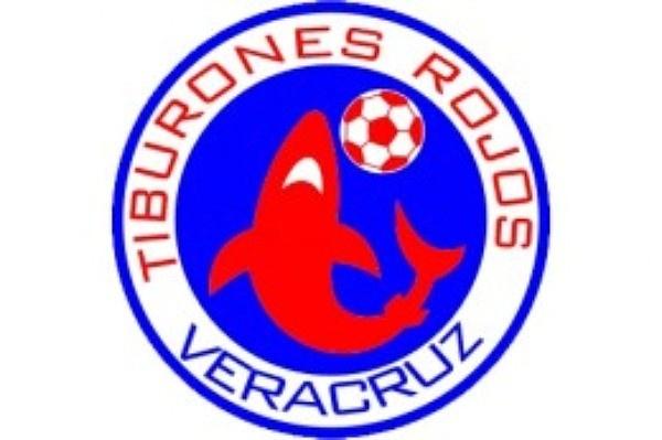 RED DE COMPLICIDADES. Regresan los Tiburones Rojos del Veracruz… Con bombo y platillo anuncian que a partir de la siguiente temporada, Veracruz tendrá futbol de primera división.