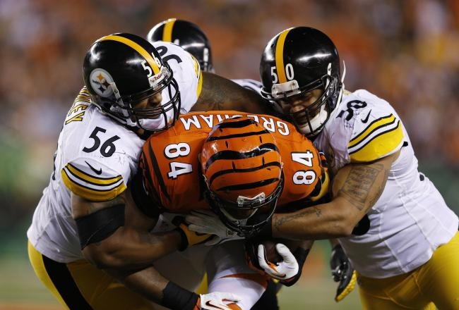 Chris Rainey scored the go-ahead touchdown early in the fourth quarter, and the Pittsburgh Steelers held on to defeat the Cincinnati Bengals, 24-17, in an AFC North clash Sunday night.