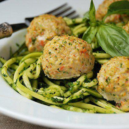 "Chicken Veggie Meatballs with Pesto Zucchini ""Noodles"" #healthy paleo recipes #paleo chicken recipes"