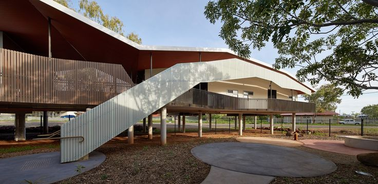 Walumba Elders Centre by iredale pedersen hook architects / Colorbond Steel Award for Steel Architecture / Photography by Peter Bennetts