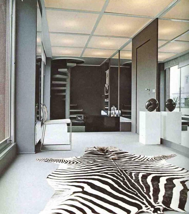 Zebra Rug Living Room www.sebraskinn.no #sebra #sebraskinn #zebra