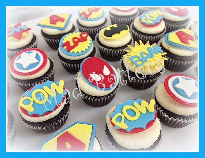 Batman, Captain America, Spiderman and Superman cupcakes