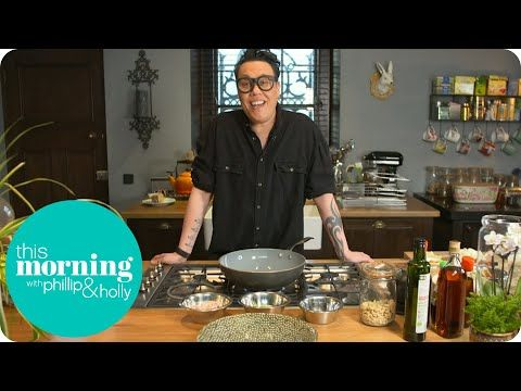 Gok Wan Shows You How To Make Singapore Noodles | This ...