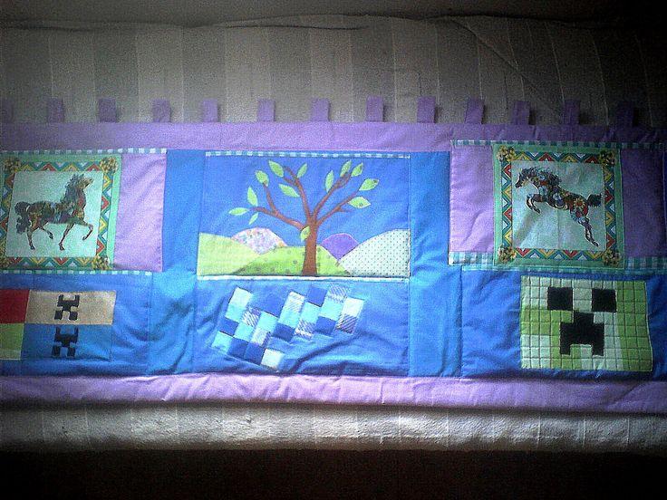 Kapsář na zeď - podél postele. Motiv koně a Minecraft. viz Fler http://www.fler.cz/shop/kapsare-od-mily