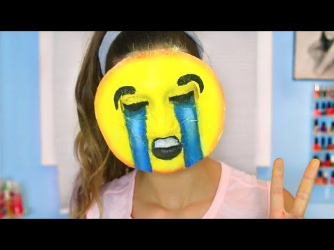 """DIY Emoji Halloween Costume! "" GET THIS TO 300,000 likes! Watch My Last Video…"
