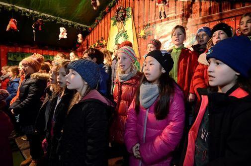 Weihnachtsmarkt in Göttingen – 80 Kunsthandwerker, Händler und Gastronomen