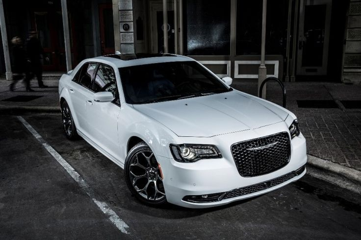 What's new for the 2016 Chrysler 300?