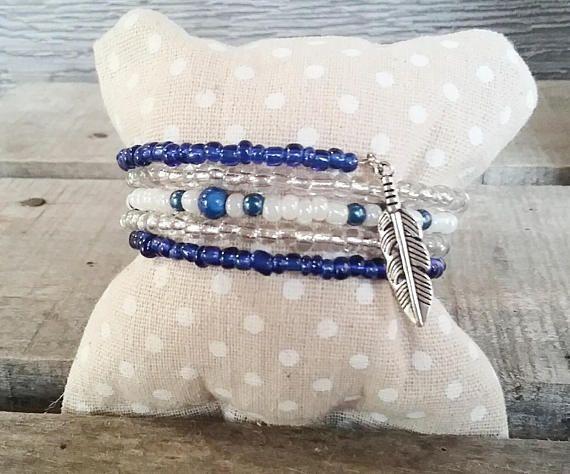 Retrouvez cet article dans ma boutique Etsy https://www.etsy.com/ca-fr/listing/568143579/bracelet-bleue-bracelet-argent-bracelet