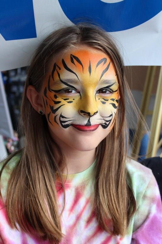 Рисунок тигренка на лице