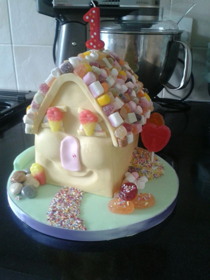 """""""Candy House"""" Made for a friend's little girl's 1st Birthday (Debbie Brown Design - again!)"""