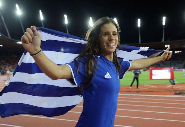 Τα ολόθερμά μου συγχαρητήρια στην πρωταθλήτρια Κατερίνα Στεφανίδη για την κατάκτηση του χρυσού μεταλλίου στο άλμα επί κοντώ και στη Βούλα Παπαχρήστου για την κατάκτηση του χάλκινου στο άλμα εις τριπλούν, στο Ευρωπαϊκό πρωτάθλημα Στίβου του Αμστερνταμ. Ο Ελληνικός στίβος έντυσε την Ευρώπη στα γαλανόλευκα . Για άλλη μια φορά οι Έλληνες αθλητές, μας γέμισαν …