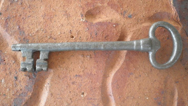 Antique 17th century pig iron french hand forged skeleton key 15.8cm by Keyedin on Etsy