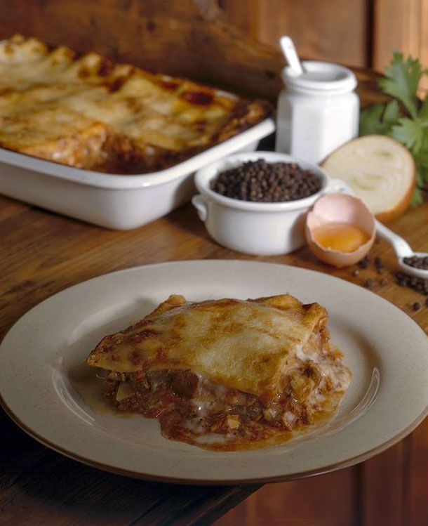 I vincisgrassi sono un primo piatto succulento e sostanzioso, specialità tipica delle Marche, ma anche di alcune zone umbre confinanti con il maceratese. S
