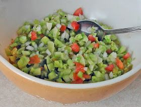 The Iowa Housewife: Green Tomato Salsa