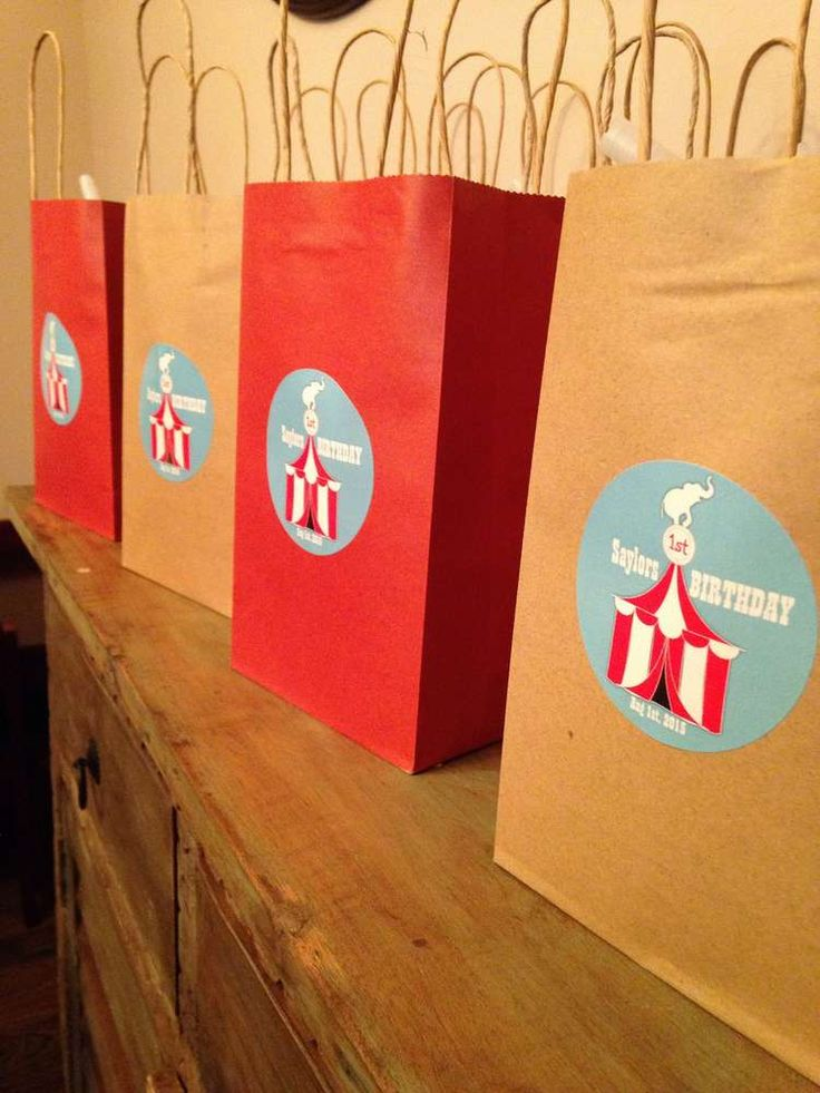 1st Birthday Circus Party | CatchMyParty.com Carnival / goodie bags / treat bags / personalized labels