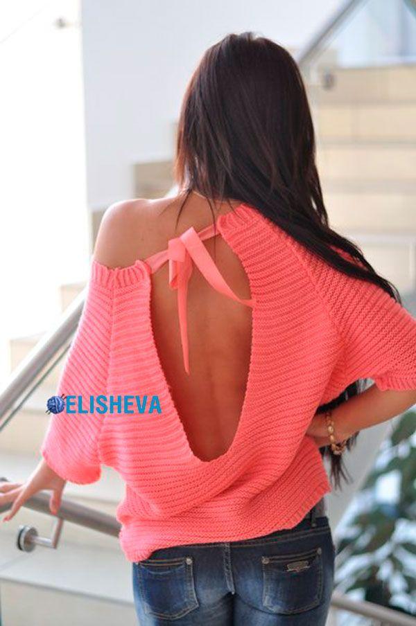 Красивый женский пуловер с вырезом на спине: описание вязания спицами