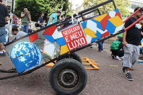 Cultura RJ -http://www.cultura.rj.gov.br/materias/arte-em-carrocas