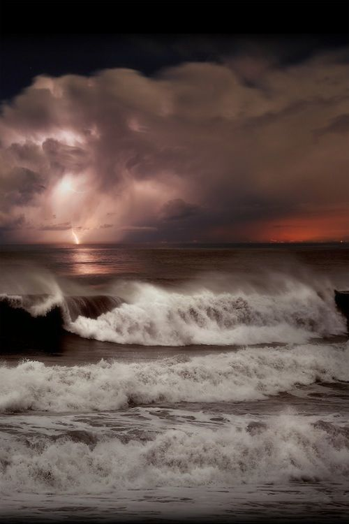Best Clouds Images On Pinterest Nature Lightning Storms And - Beautiful photographs of storm clouds look like rolling ocean waves