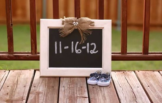 Spilling your secret of gender and due date, birth announcement, pregnancy announcement
