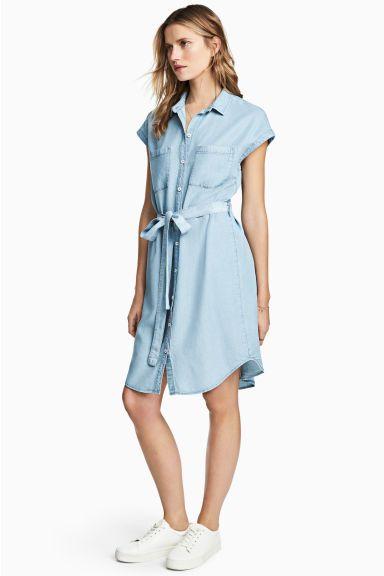 Kleid aus Lyocell - Hellblau - DAMEN   H&M CH
