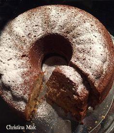 Κέικ με καρότο και μήλο.  Εκτύπωση Συνταγή: Titika Eleftheriadou Υλικά 1 κούπα καρότο, τριμμένο στον ψιλό τρίφτη 1 κούπα μήλο, τριμμένο στον χοντρό τ