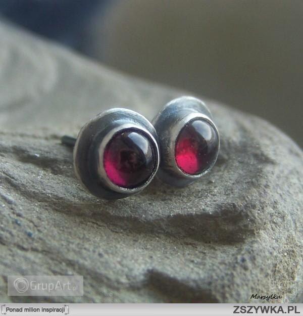 Granaty mini - kolczyki z ogniem :) Kliknij w obrazek i dowiedz się więcej :) Zapraszamy do Galerii Grupart.pl