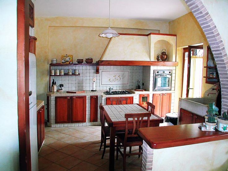 Cucina in muratura. Realizzata su misura da Falegnamerie Design.it