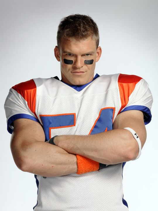Alan Ritchson Blue Mountain State