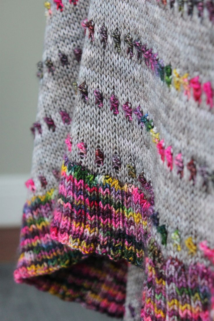 Ravelry: Dot Shawl by Casapinka