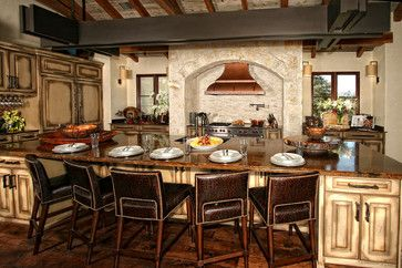 Eclectic spanish style lake house rustic kitchen for Kitchen units spain