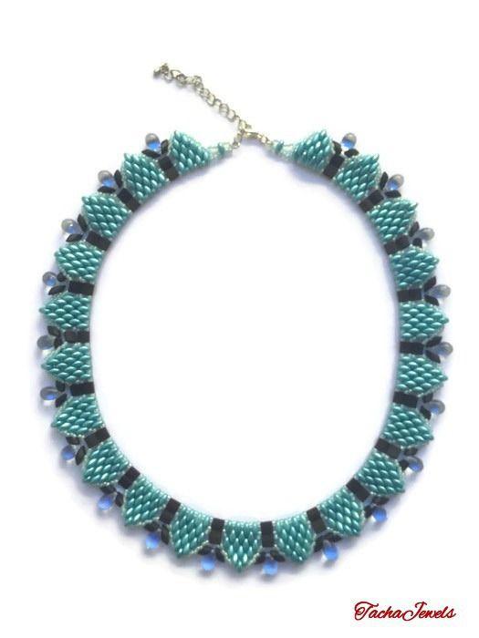 Collier en perles Superduo de Couleur Turquoise et Noir avec des Larmes Bleu : Collier par tachajewels