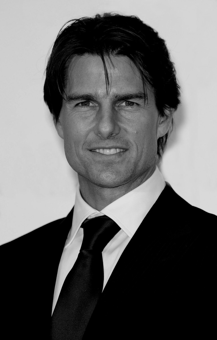 Tom Cruise, american actor, was born in 1962, New York, Usa. Known for Born on the Fourth of July (1989), Jerry Maguire (1996), Top Gun (1986), Mission: Impossible, II, III, -Ghost Protocol (1996, 2000, 2006, 2011), Oblivion (2013), Valkyrie (2008), The Last Samurai (2003)