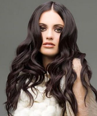 Beautiful hairstyles for dark curly hair