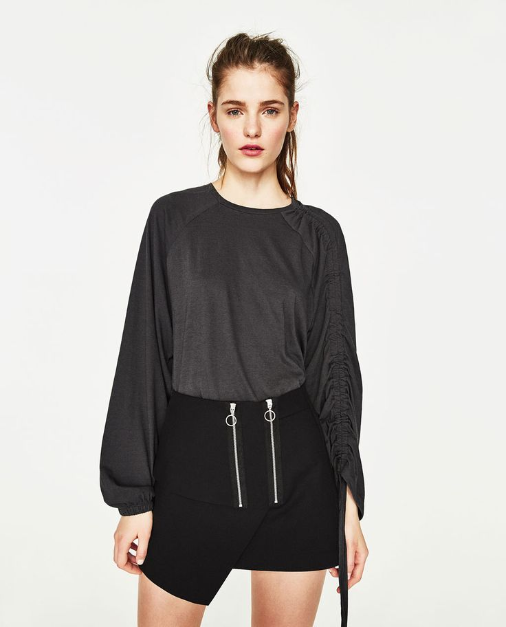 Image 2 of T-SHIRT WITH GATHERED SLEEVES from Zara