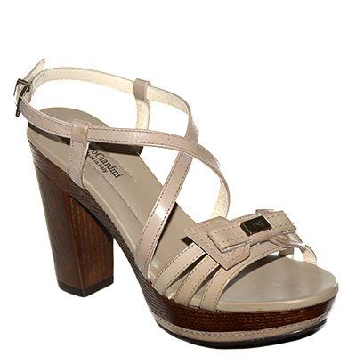 #Sandalo con tacco grosso e plateau in pelle marroncina di #NeroGiardini  http://www.tentazioneshop.it/nero-giardini/sandalo-771-tortora-nero-giardini.html