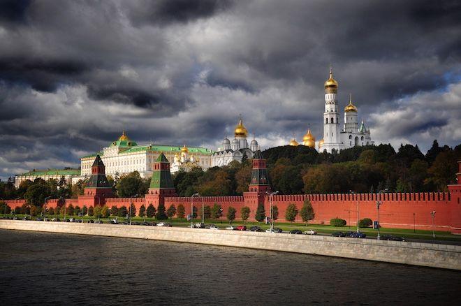 Почему в июле такая аномально холодная погода в Москве