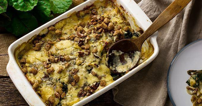 Gratin d'endives sauce au roquefort au four (facile, rapide) - Une recette CuisineAZ